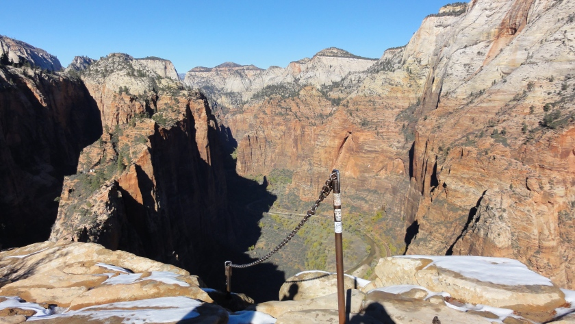 Looking back on the Angels Landing trail.